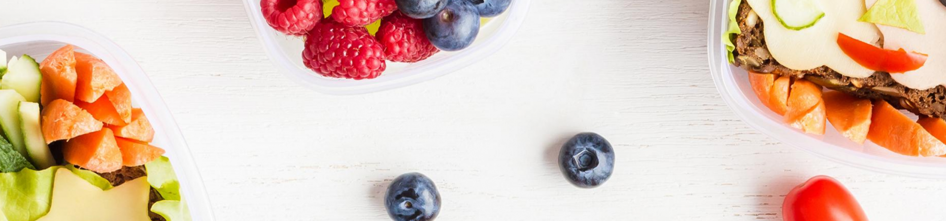 Healthy snack ideas for traveling with kids